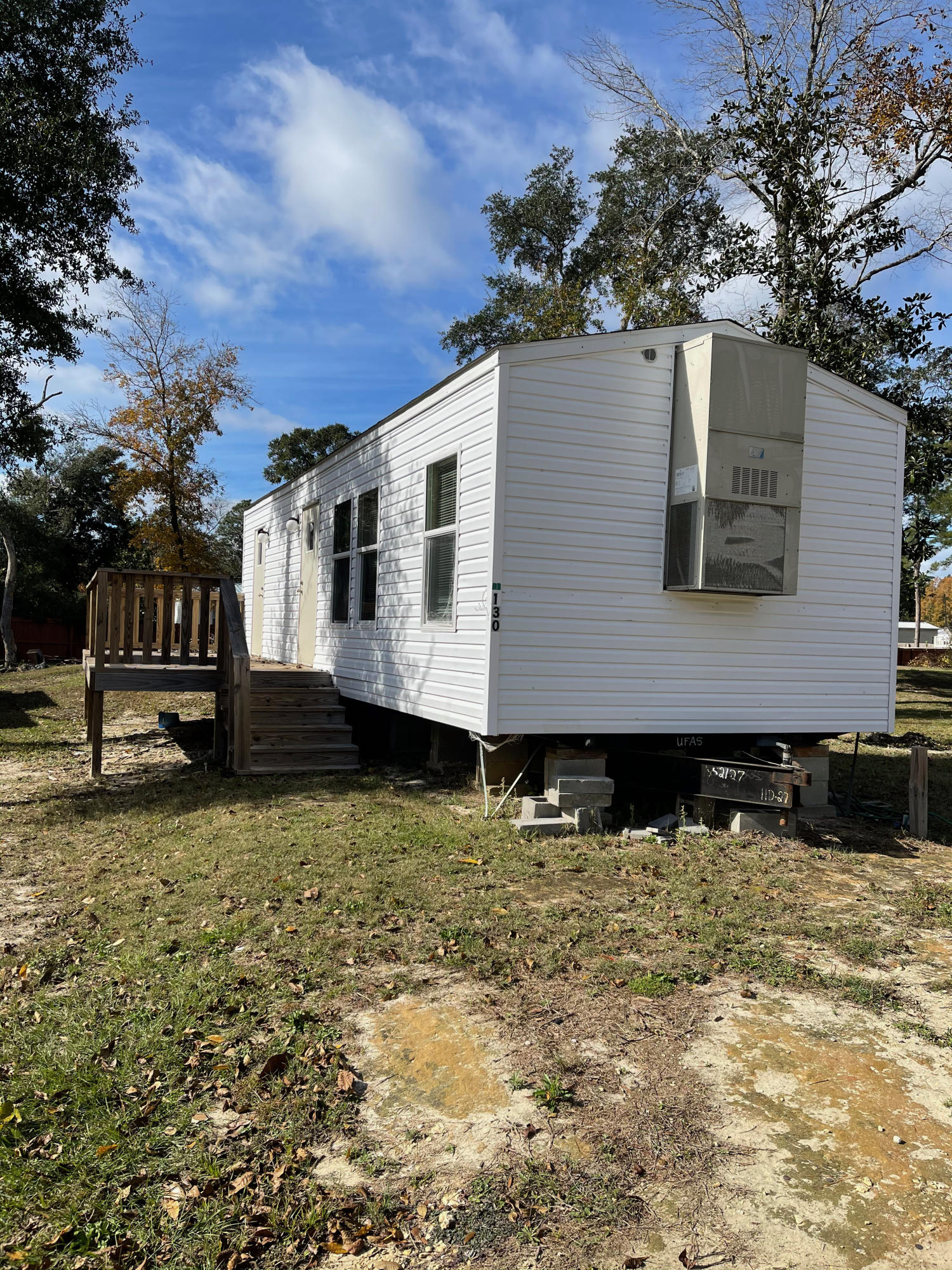 Photo of home for sale at 80-130 Palmetto, Freeport FL