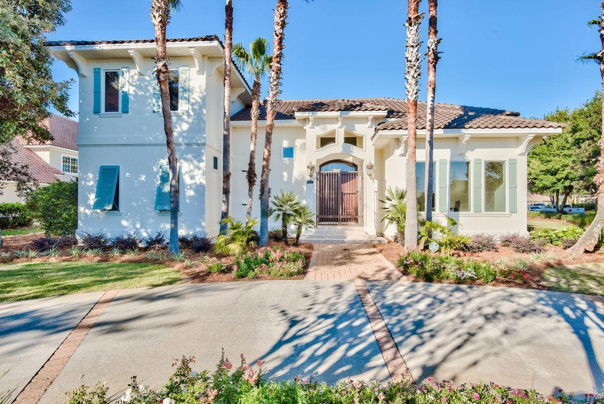 Photo of home for sale at 6297 Augusta, Destin FL