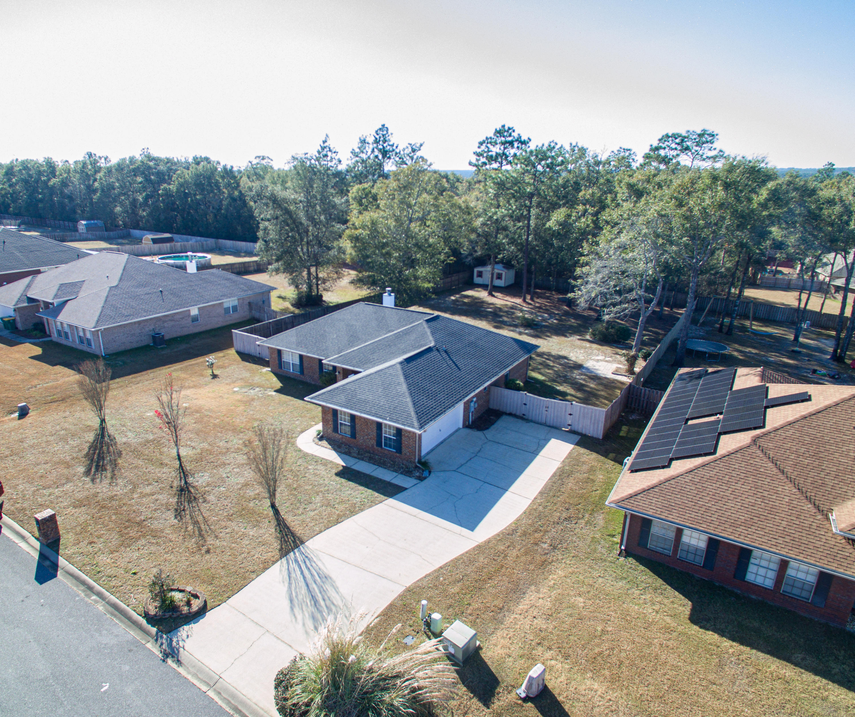 Photo of home for sale at 2370 Barberee, Crestview FL