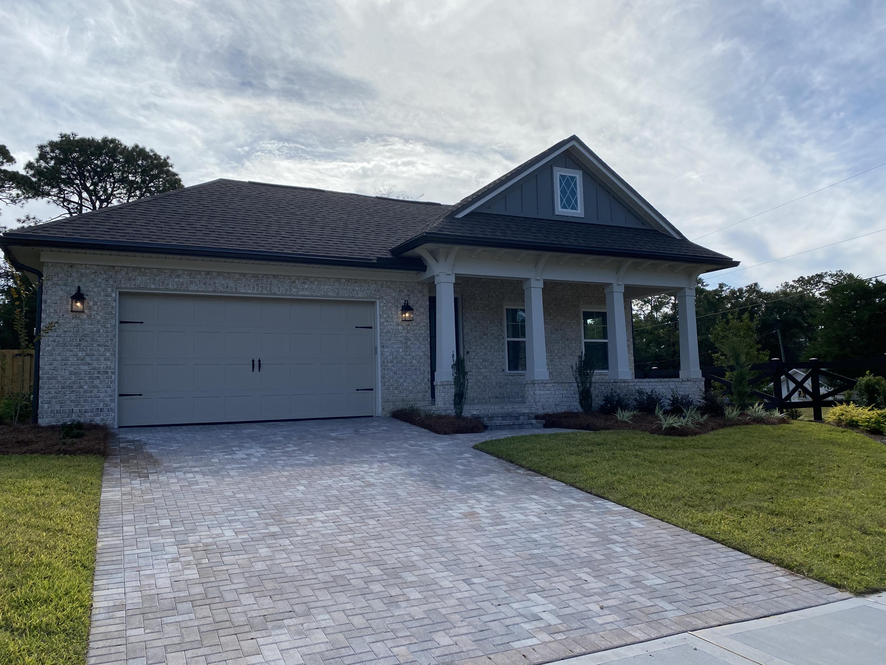 Photo of home for sale at lot 15 Meadow Lake, Freeport FL