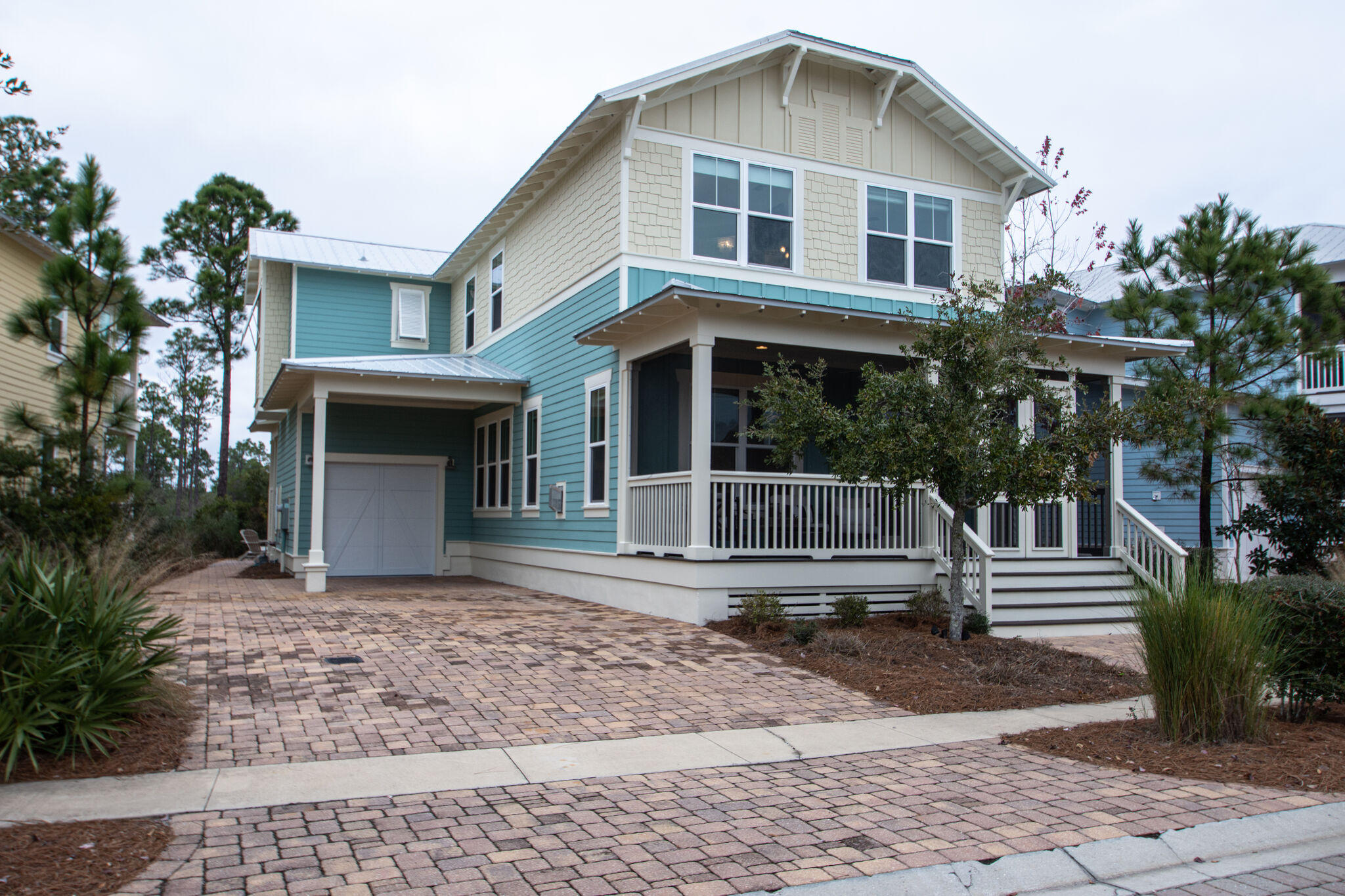 Photo of home for sale at 897 Sandgrass, Santa Rosa Beach FL