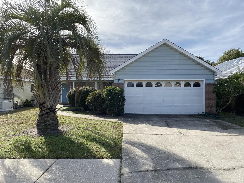 Photo of home for sale at 3620 Goldsbys, Destin FL