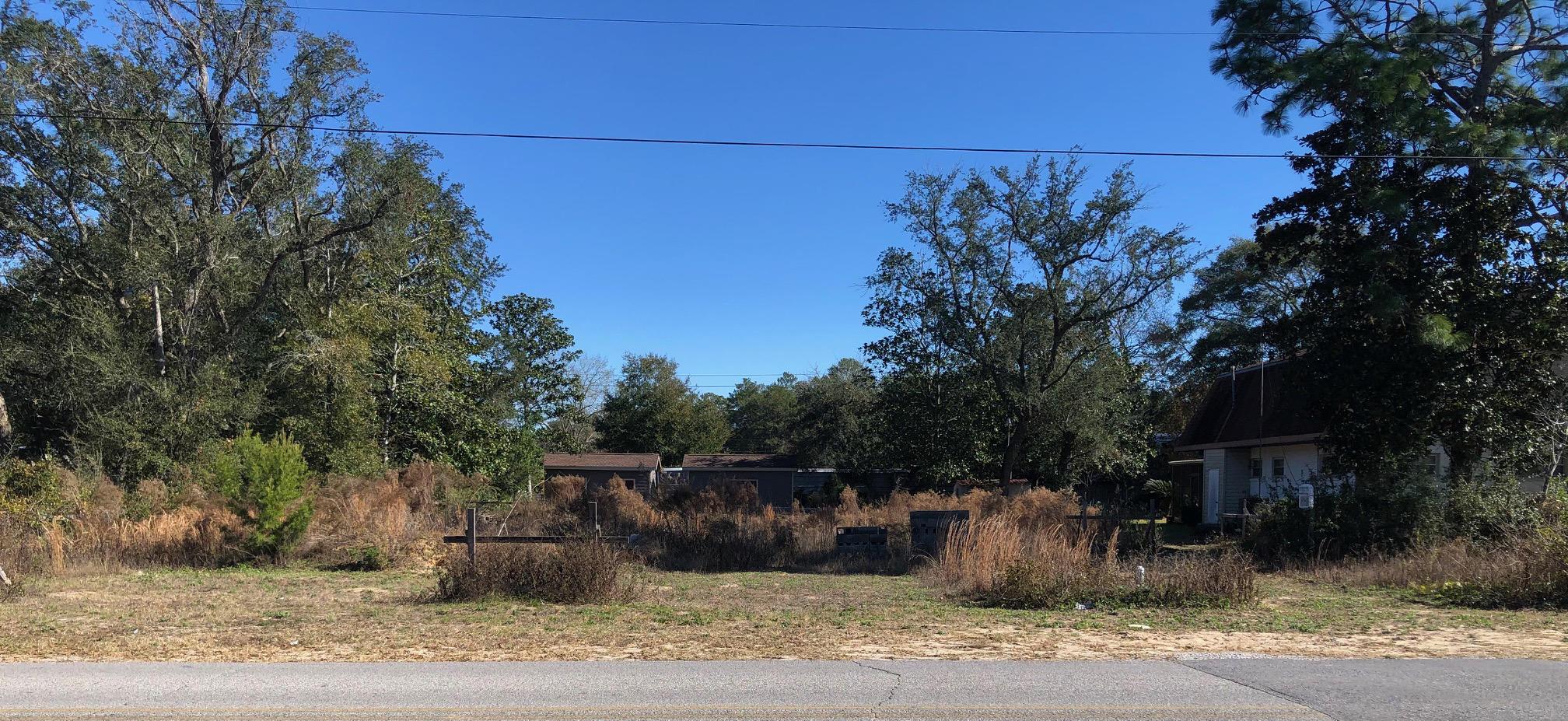 Photo of home for sale at 110 Auburn, Fort Walton Beach FL