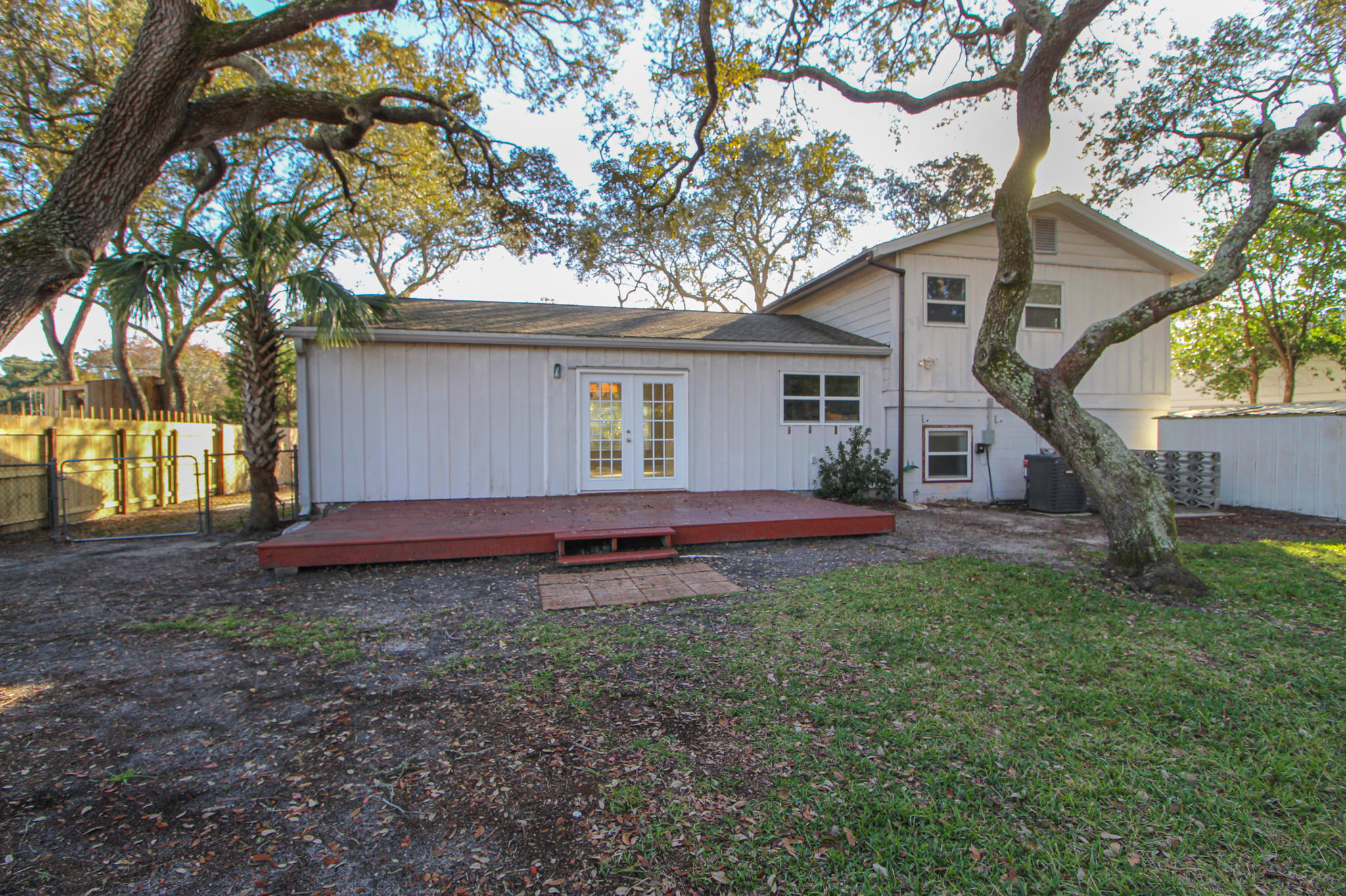 Photo of home for sale at 224 Hudson, Fort Walton Beach FL