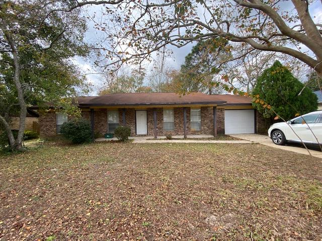Photo of home for sale at 105 Deville, Mary Esther FL