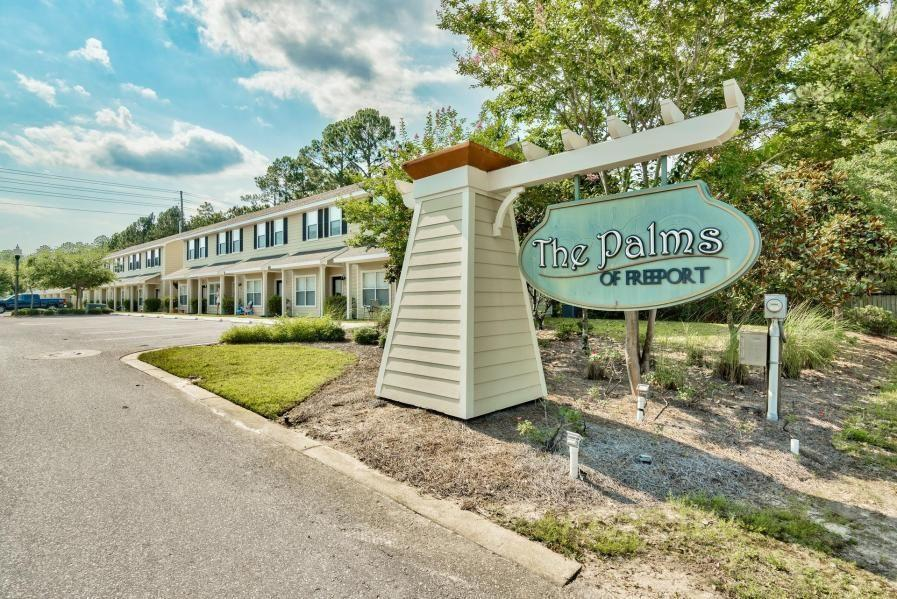 Photo of home for sale at 15284 331 Business, Freeport FL