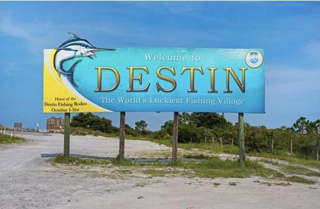 Photo of home for sale at 504 2nd, Destin FL