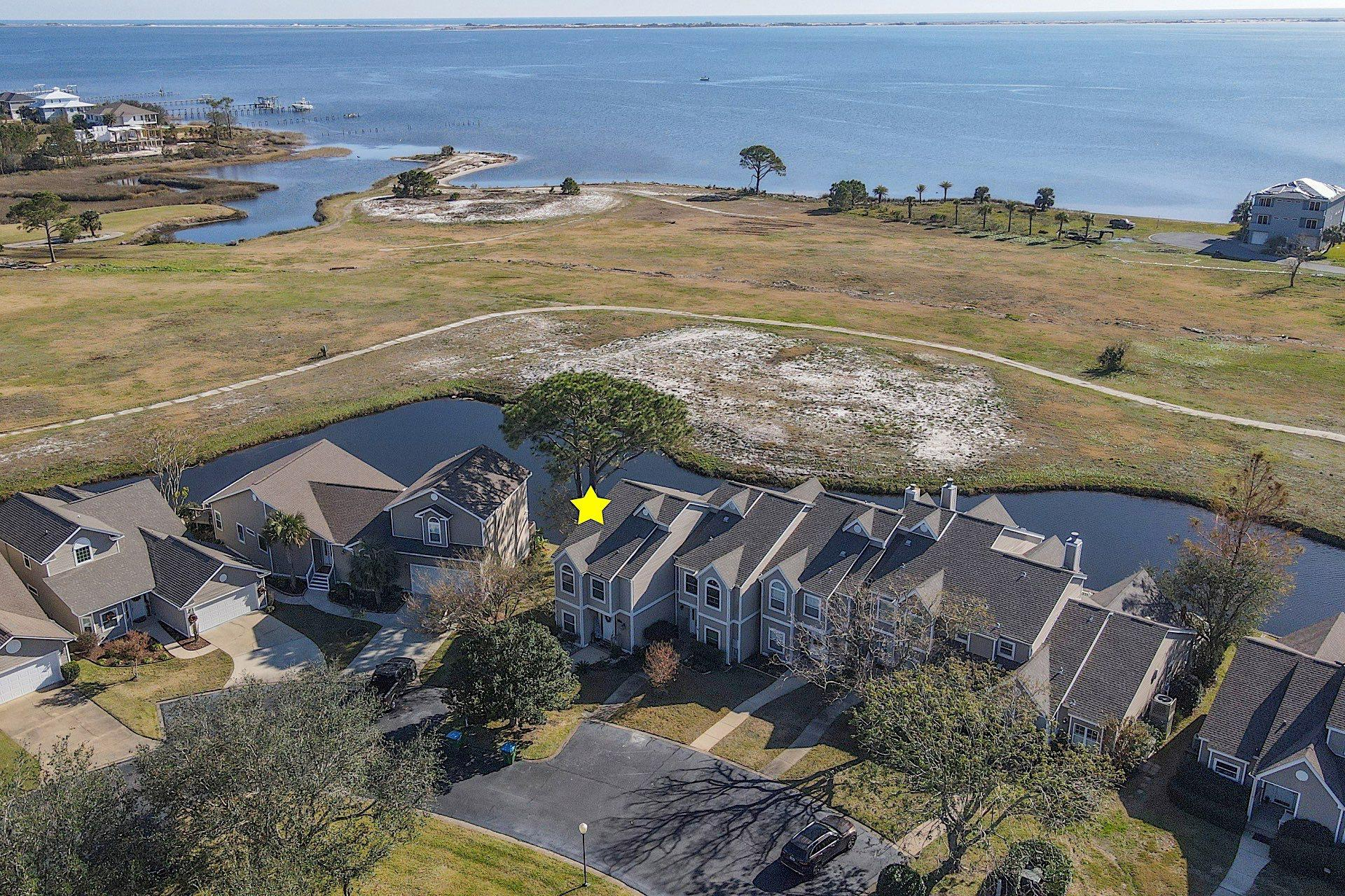 Photo of home for sale at 1066 Lionsgate, Gulf Breeze FL