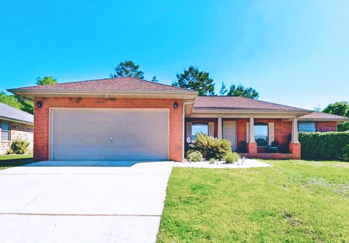 Photo of home for sale at 139 Bronze, Crestview FL