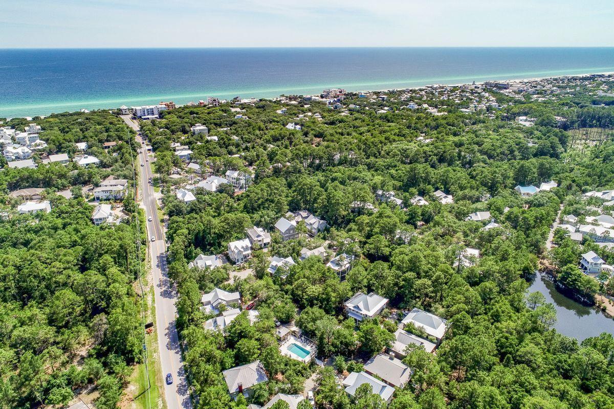 Photo of home for sale at 51 Bramble, Santa Rosa Beach FL