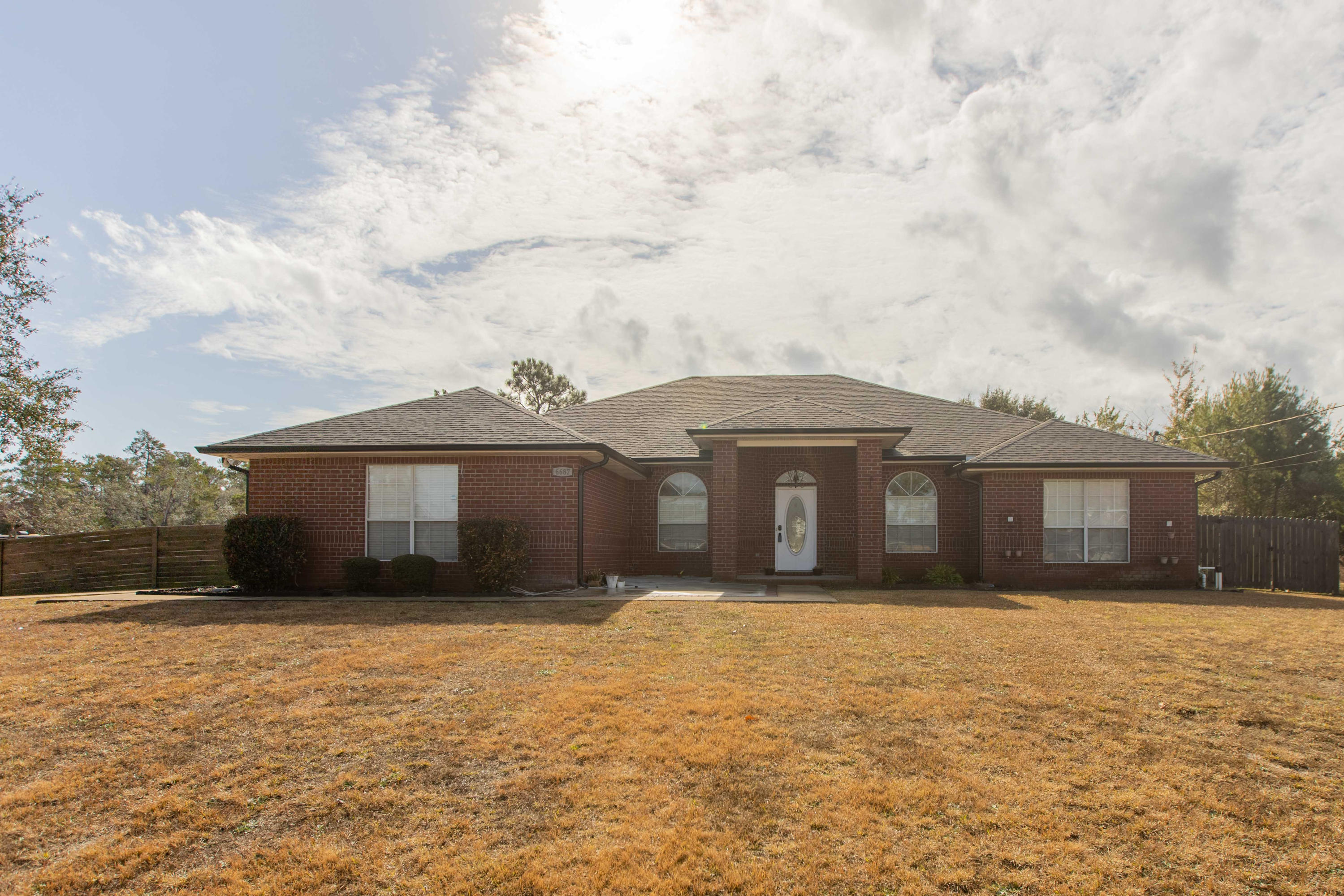 Photo of home for sale at 6687 Britt, Navarre FL
