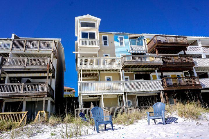Photo of home for sale at 2075 Scenic Gulf, Miramar Beach FL