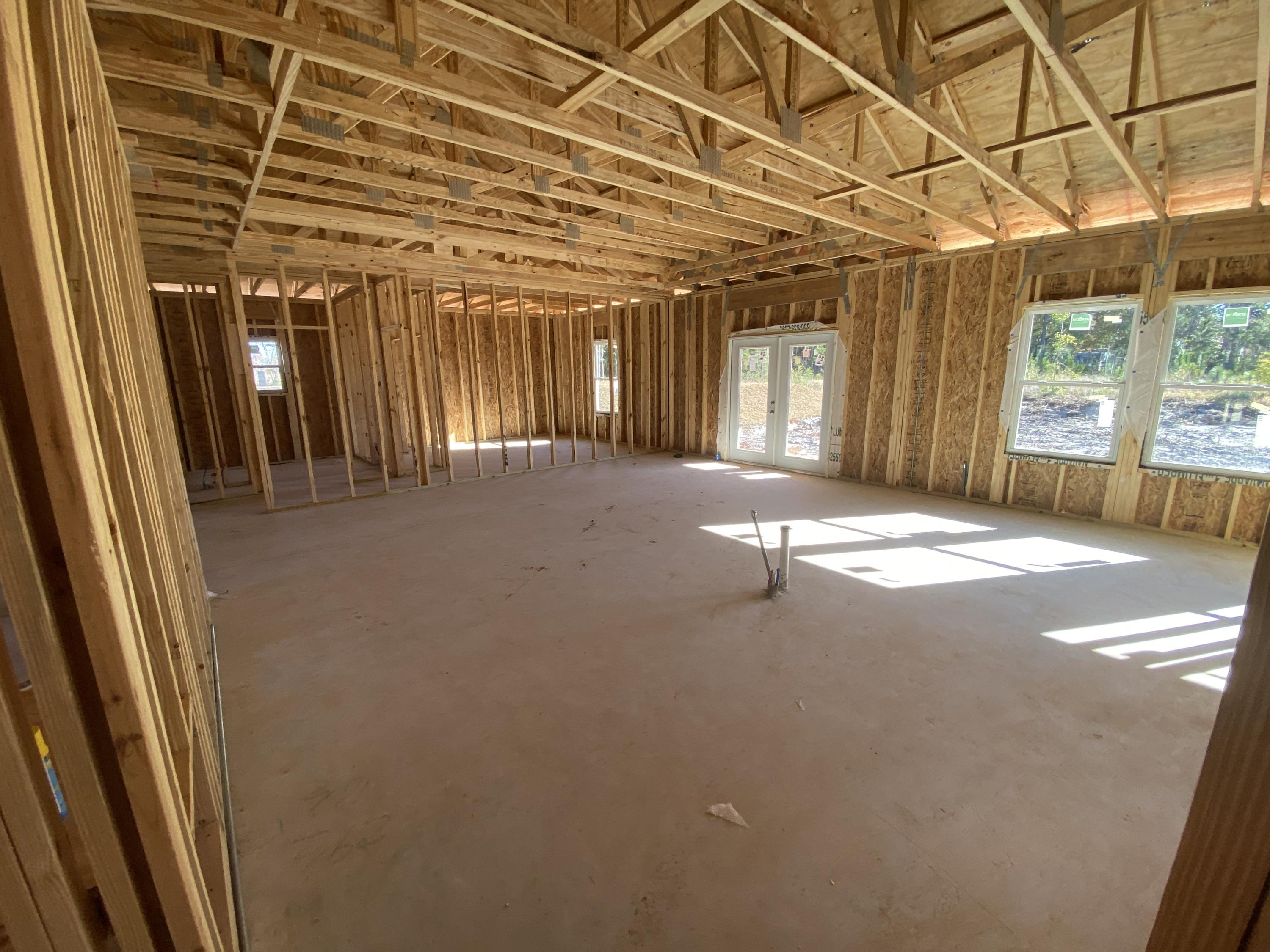 Photo of home for sale at 5139 Keystone Dr, Gulf Breeze FL