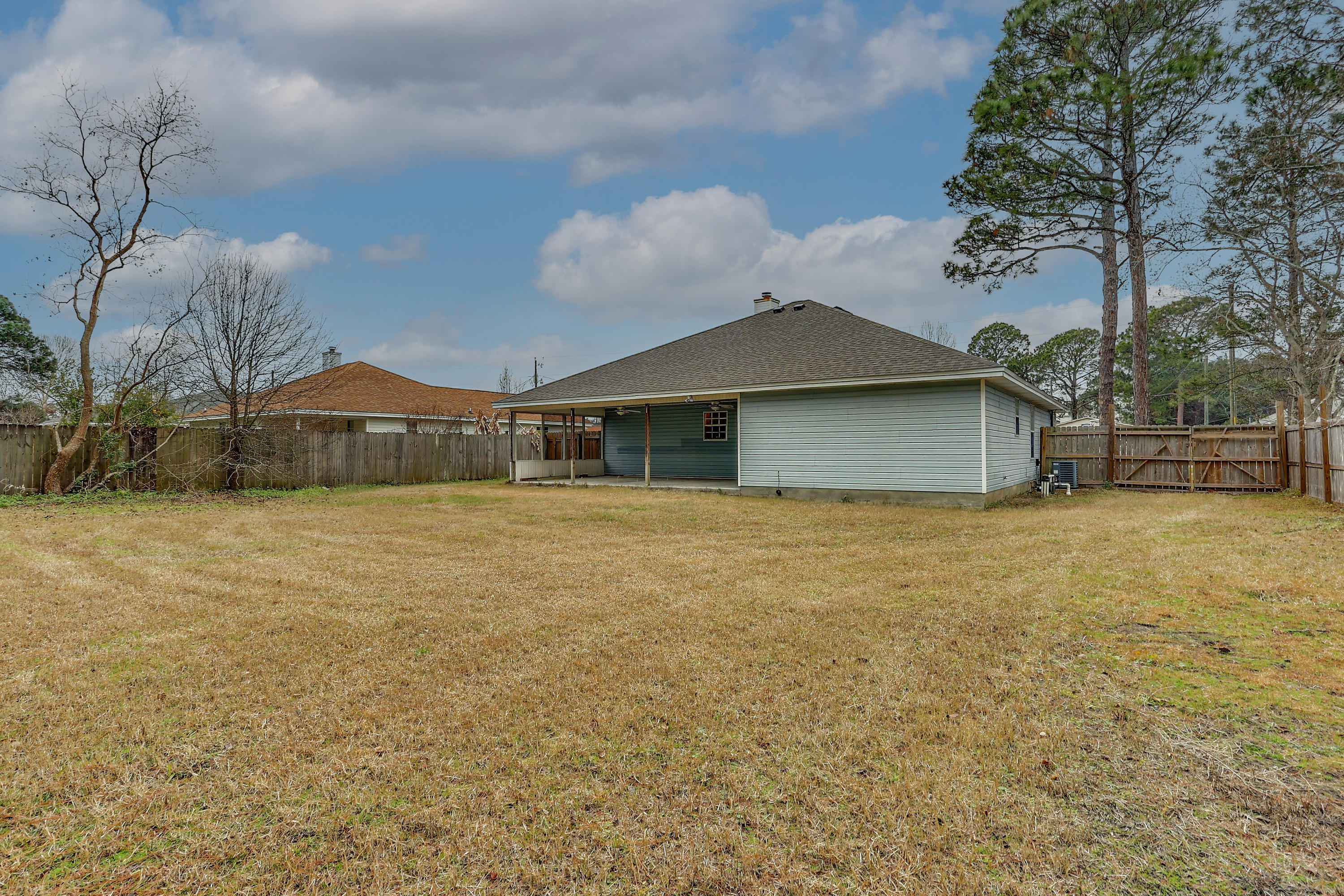 Photo of home for sale at 149 Palmetto, Mary Esther FL
