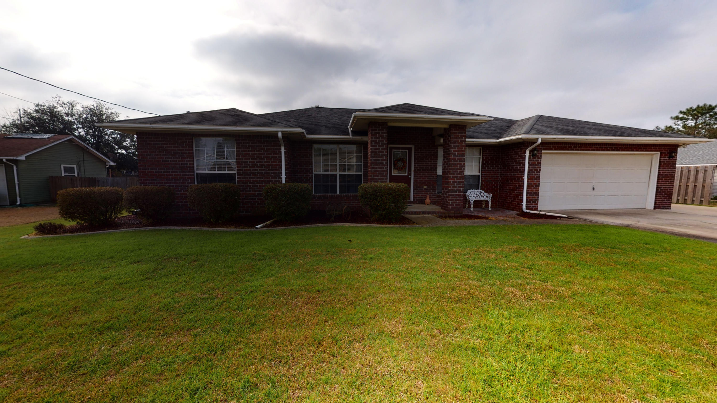 Photo of home for sale at 6553 Fern, Navarre FL