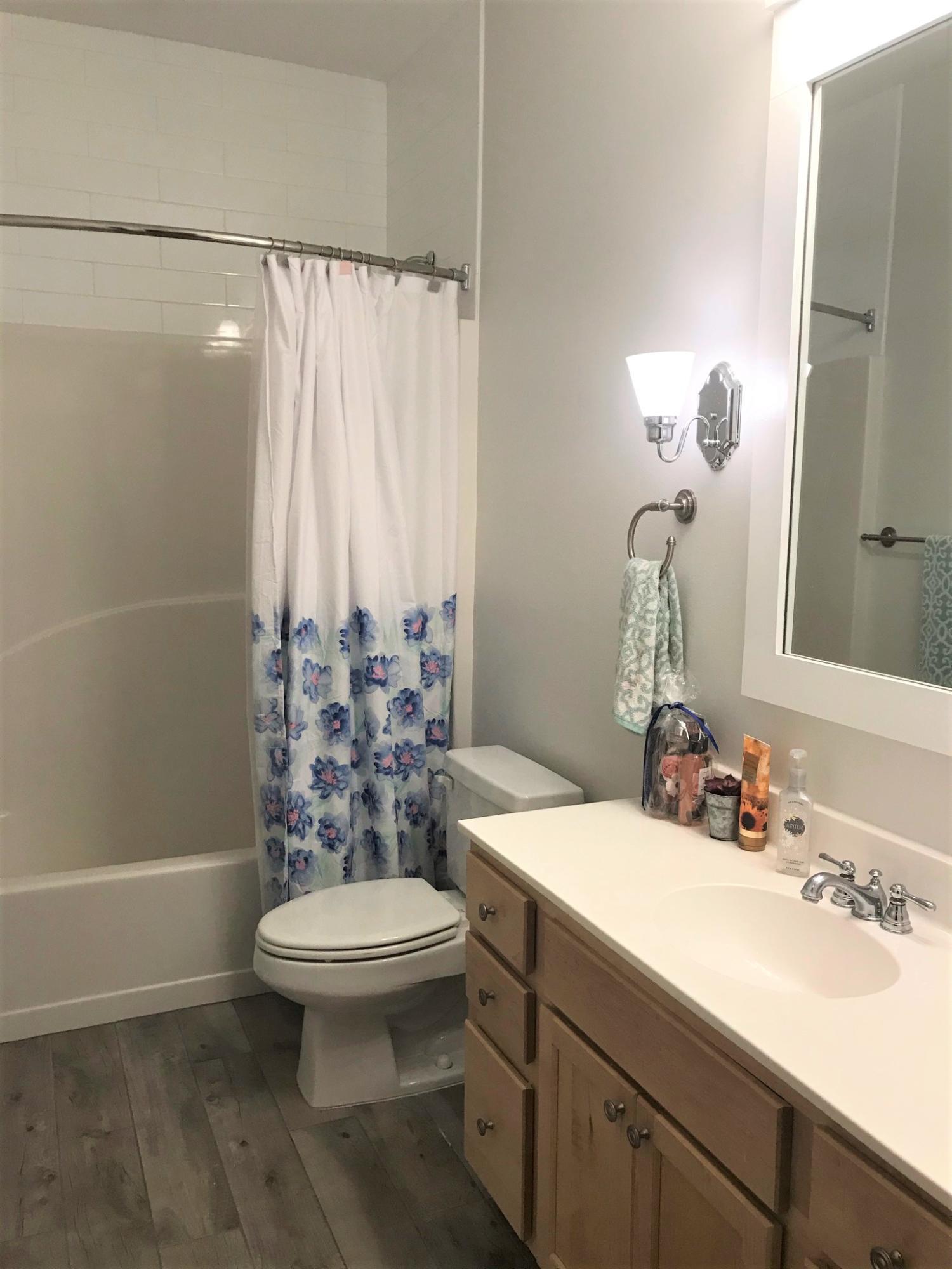 Photo of home for sale at 120 Lamb, Santa Rosa Beach FL