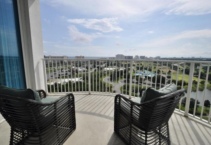 Photo of home for sale at 4207 Indian Bayou, Destin FL