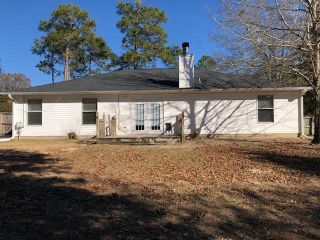 Photo of home for sale at 201 Villacrest, Crestview FL