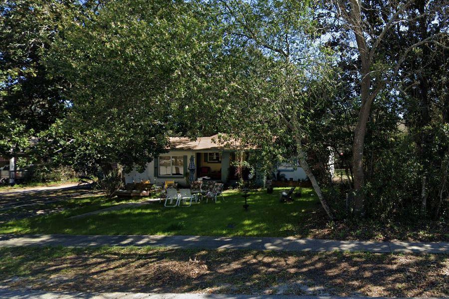 Photo of home for sale at 128 Calhoun, Destin FL