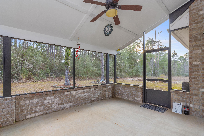 Photo of home for sale at 3070 Brandon Dunes, Laurel Hill FL
