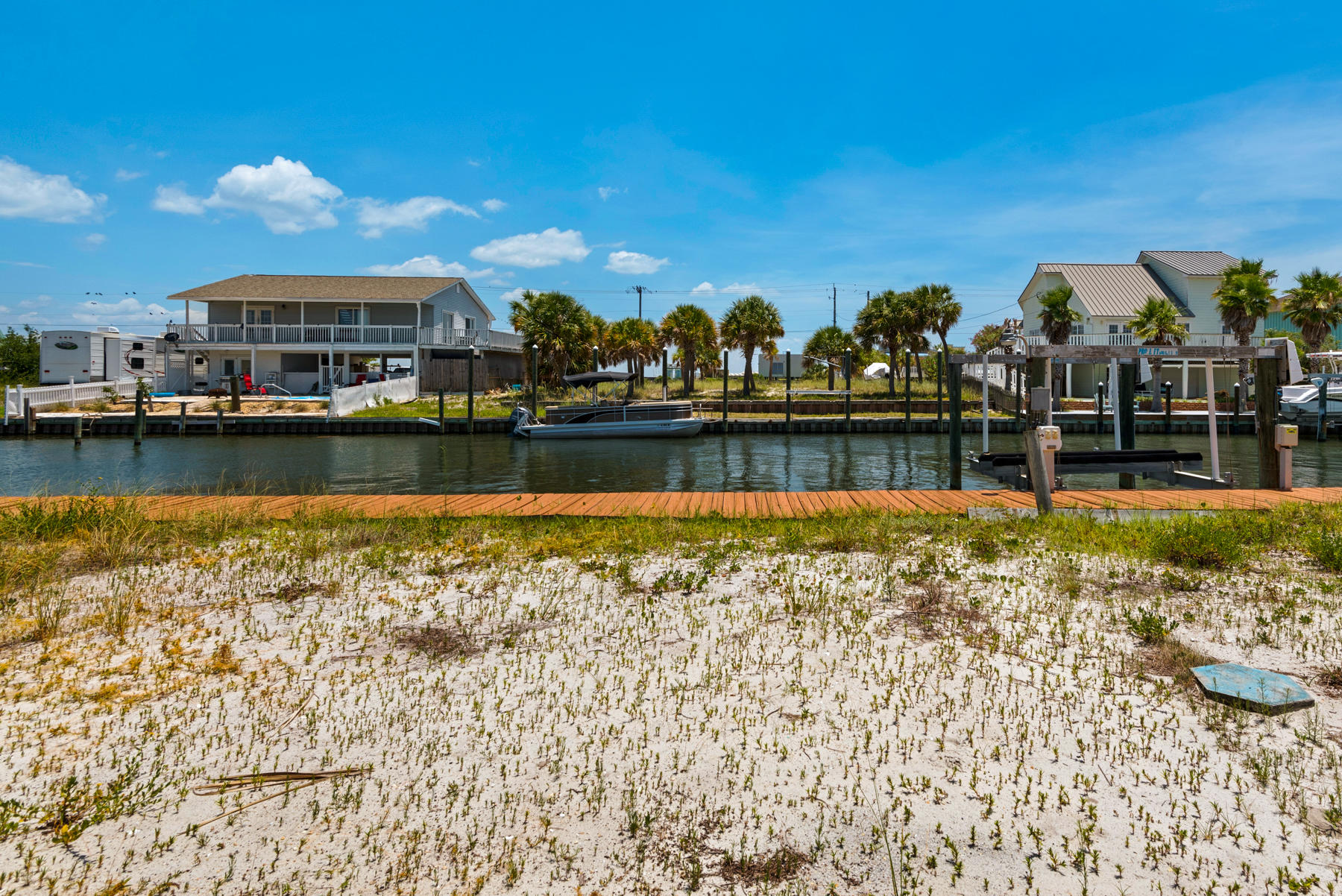 Photo of home for sale at 1468-N Alabama, Navarre FL