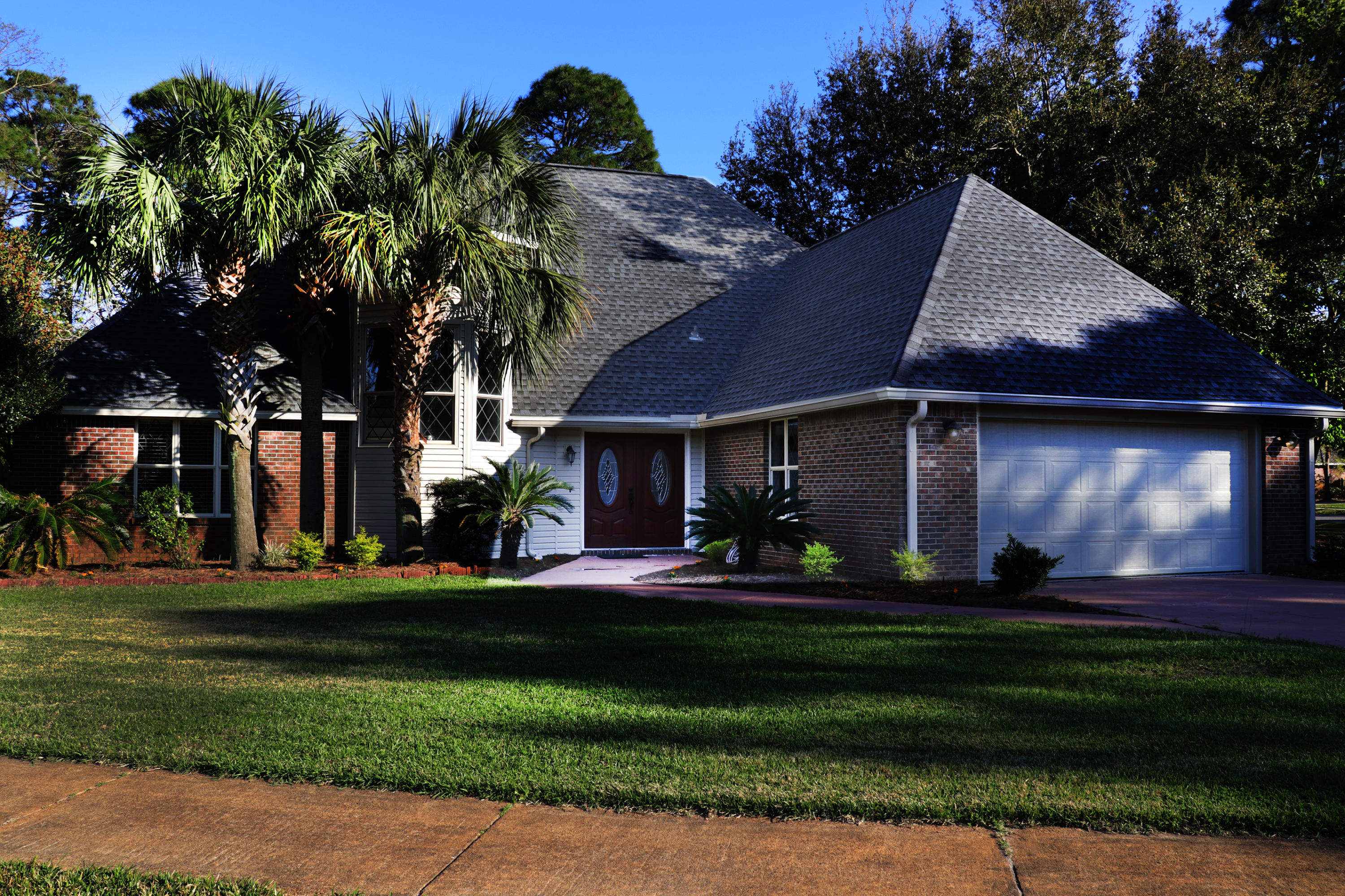 Photo of home for sale at 44 Country Club, Destin FL