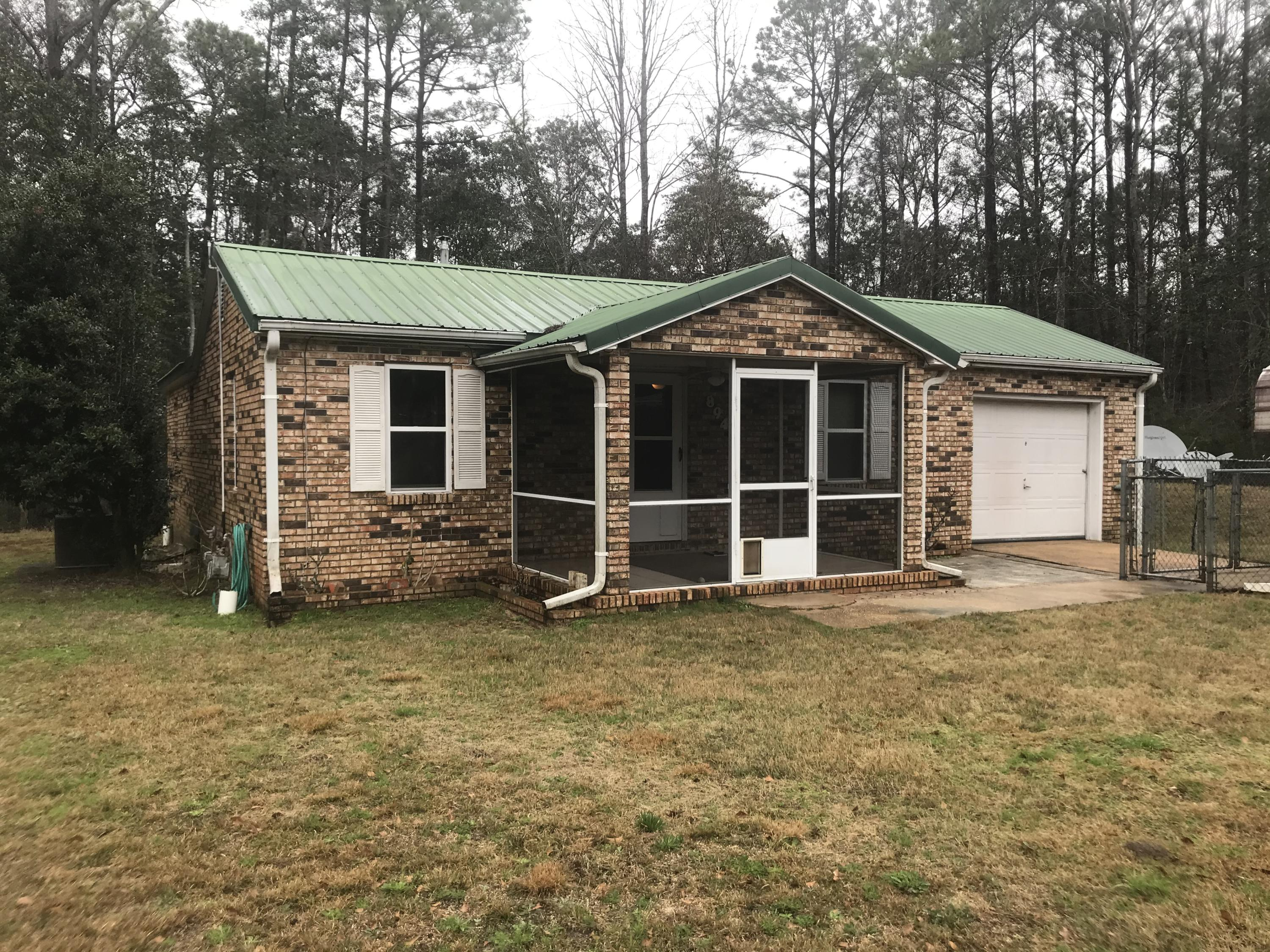 Photo of home for sale at 894 Williams, Crestview FL