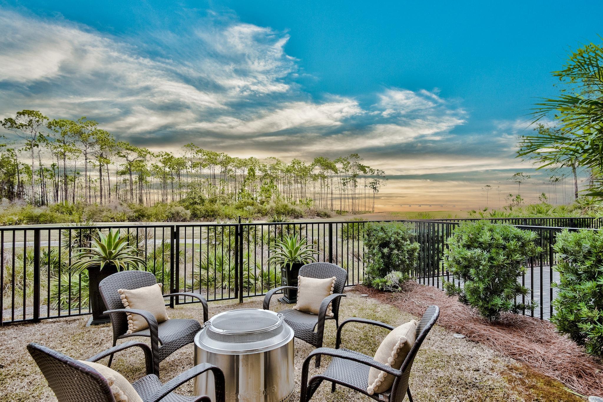 Photo of home for sale at 4367 Bahia, Destin FL