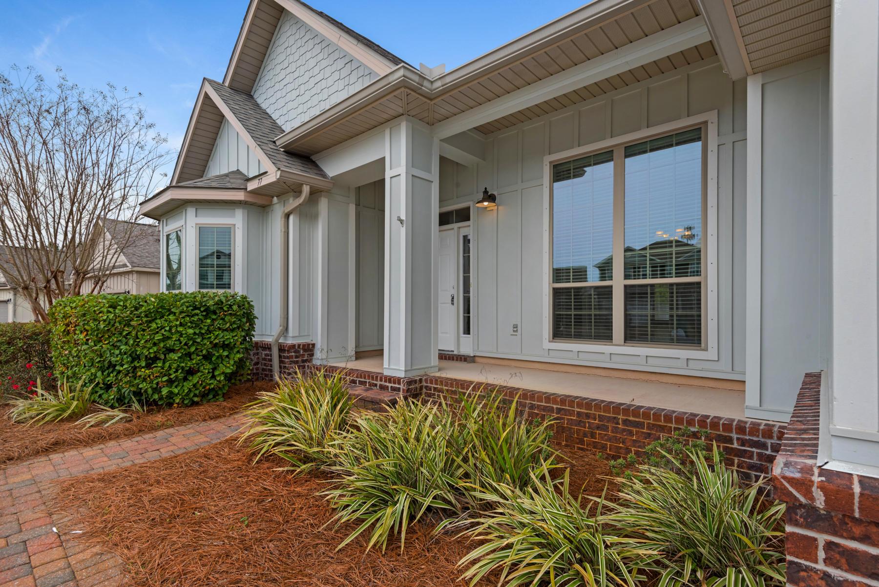 Photo of home for sale at 77 Pearl Aardon, Santa Rosa Beach FL