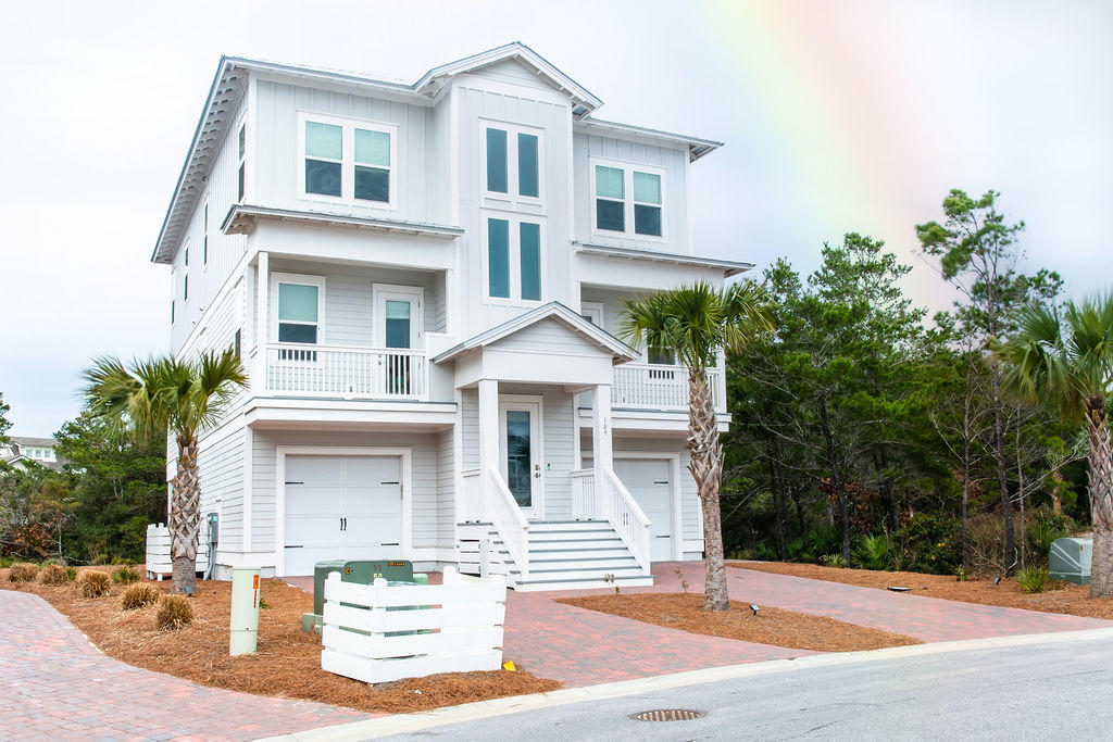 Photo of home for sale at 109 Crabbing Hole, Inlet Beach FL