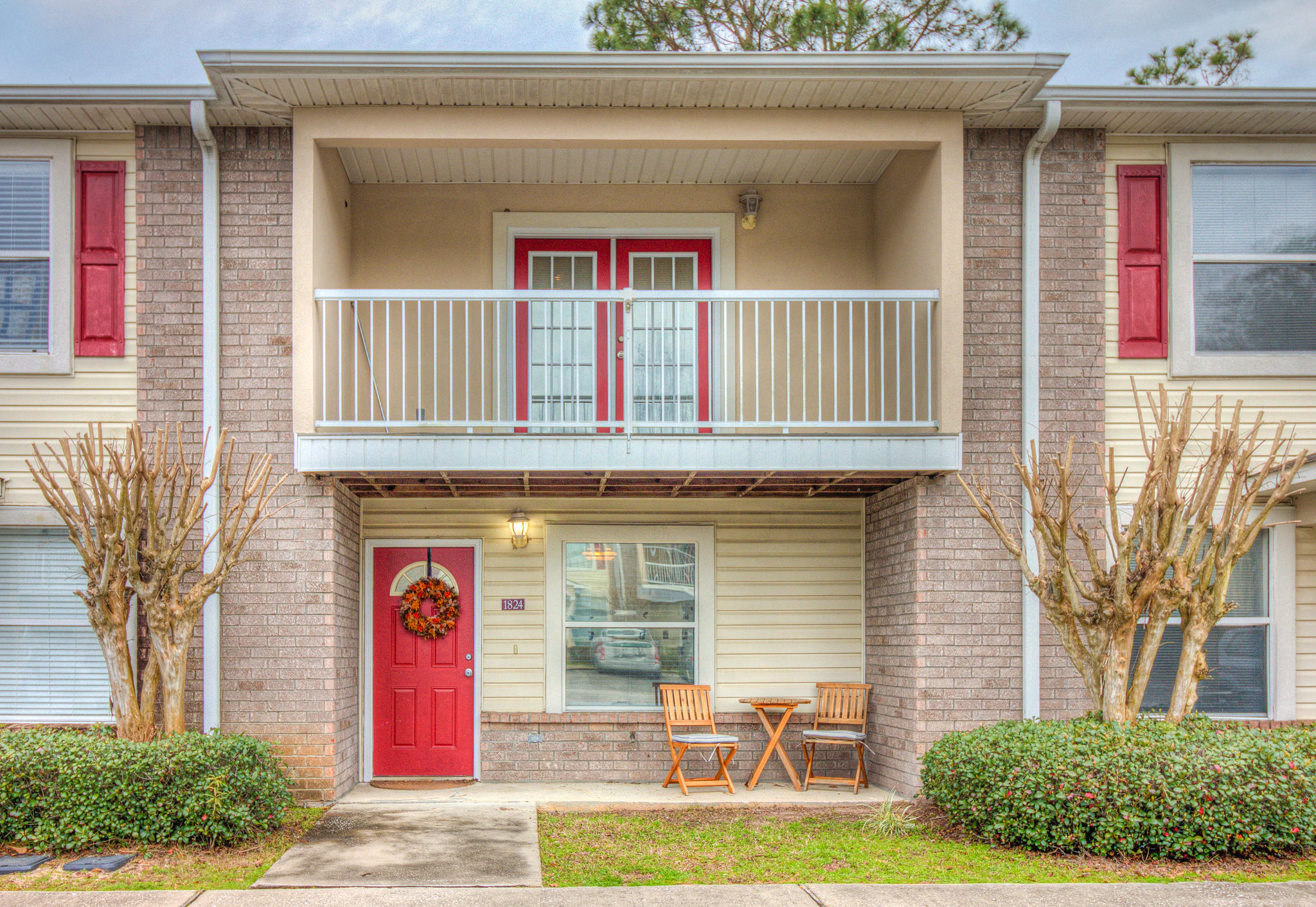 A 2 Bedroom 1 Bedroom Shay Lin T/h Townhome