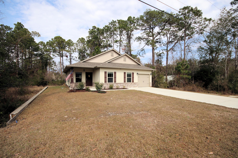 Photo of home for sale at 8362 Sevilla, Navarre FL