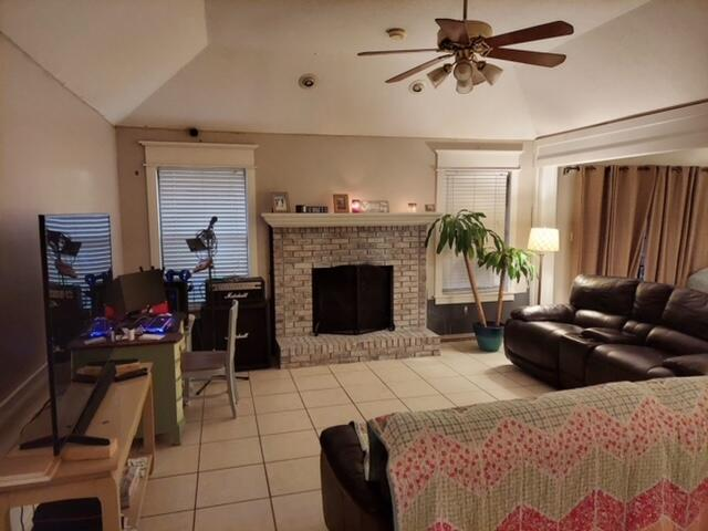 Photo of home for sale at 2245 Lemure, Navarre FL