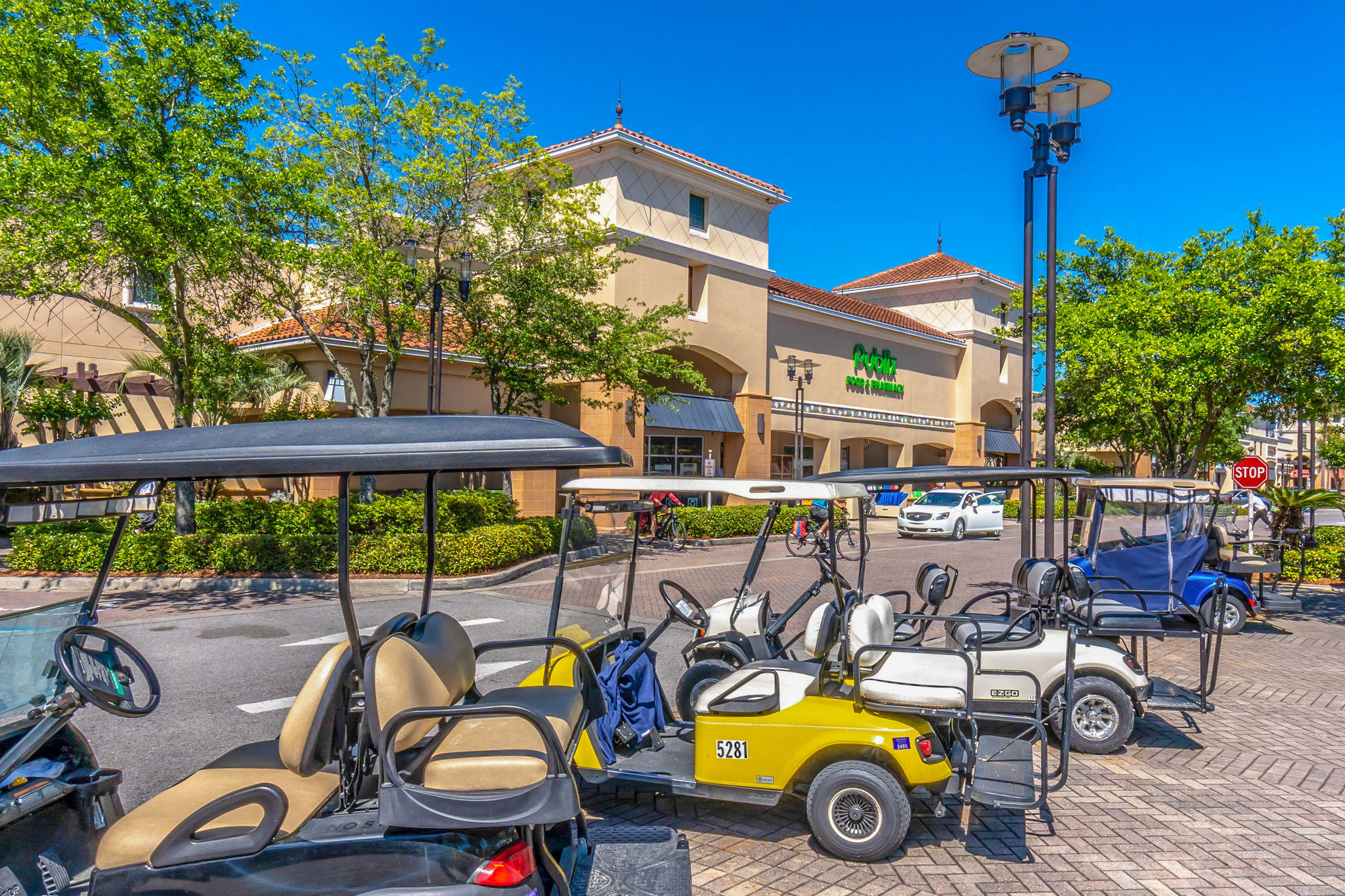 Photo of home for sale at 4226 Beachside Two, Miramar Beach FL