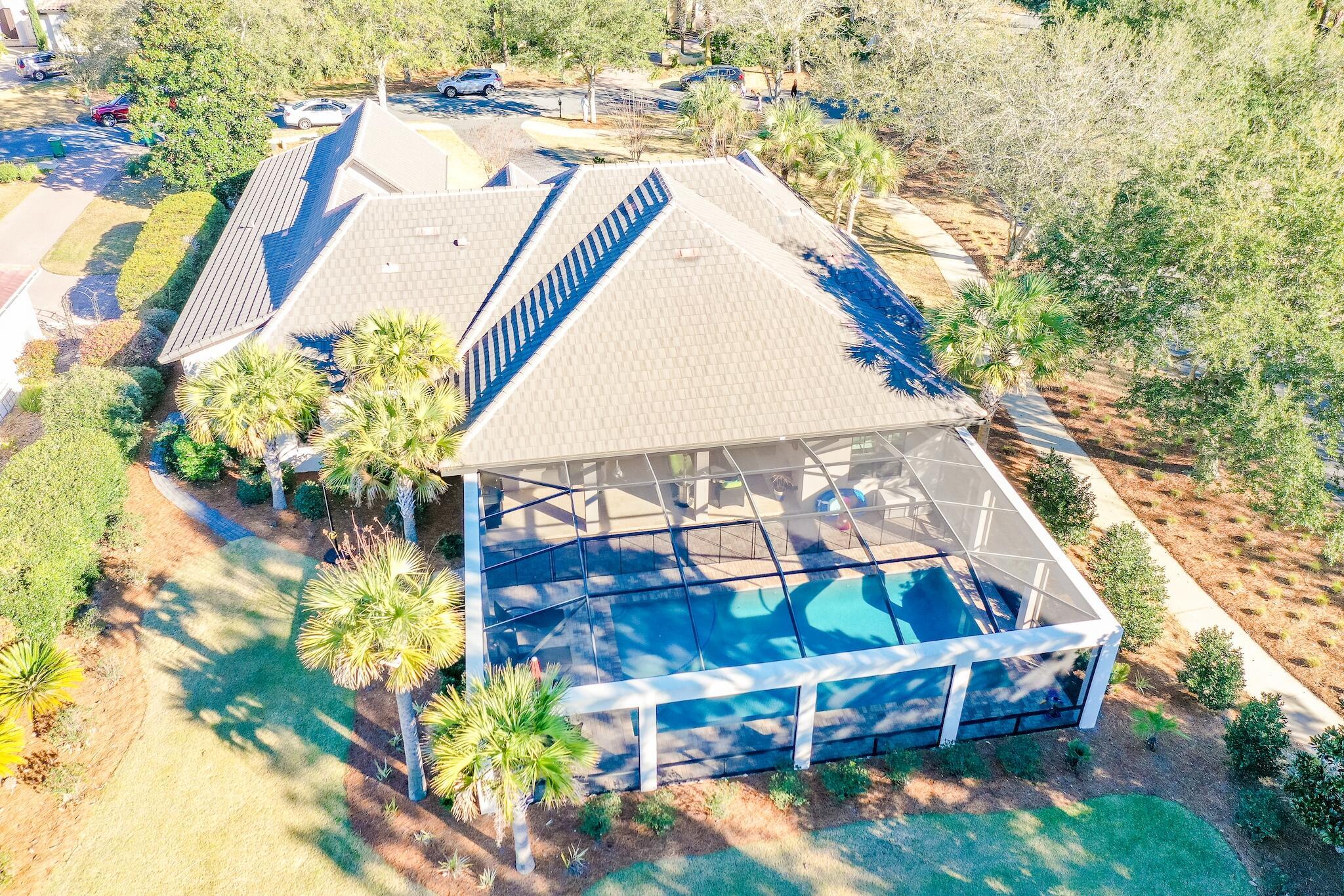 Photo of home for sale at 491 Captains, Destin FL