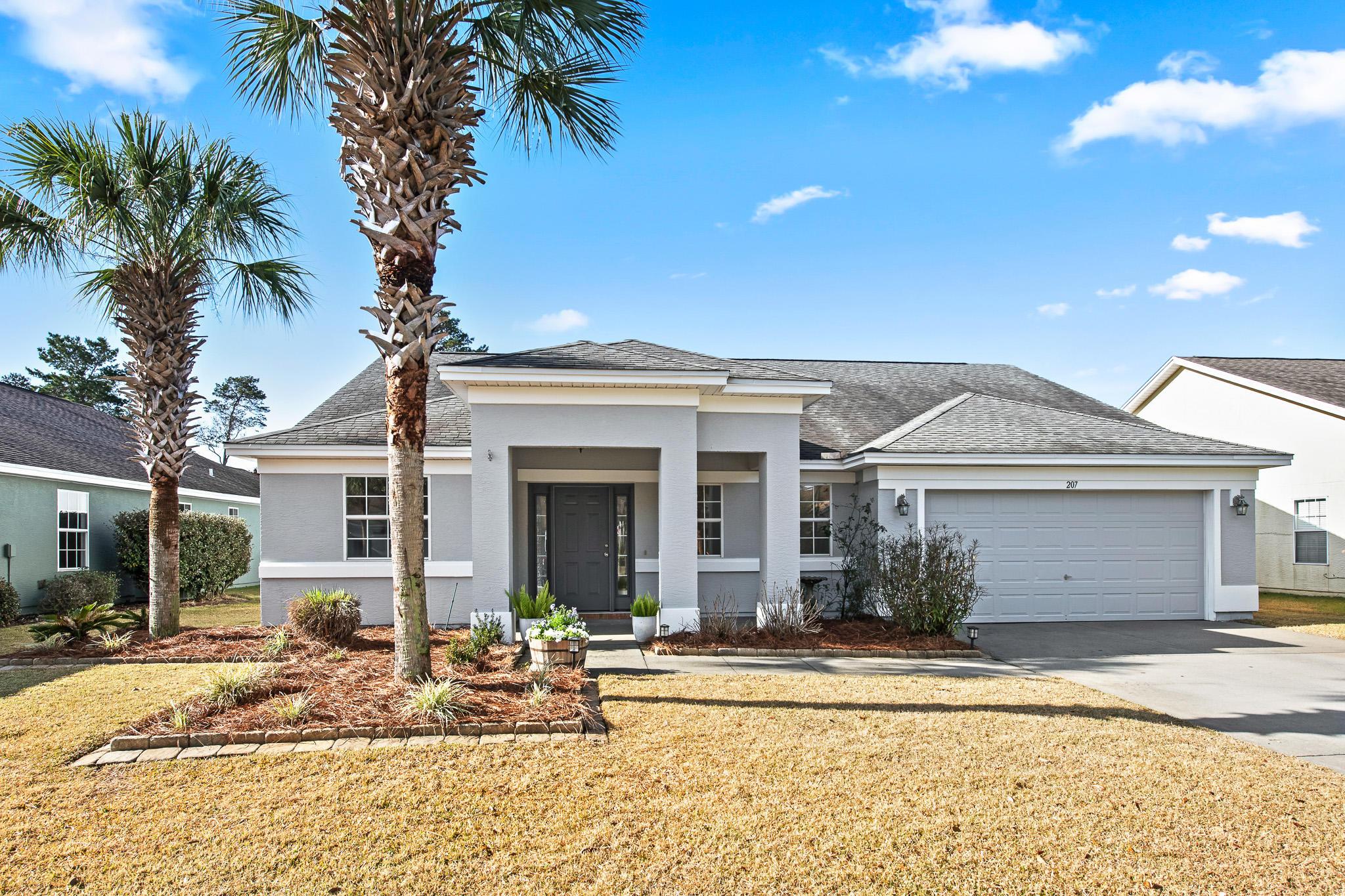 Photo of home for sale at 207 Bainbridge, Panama City Beach FL