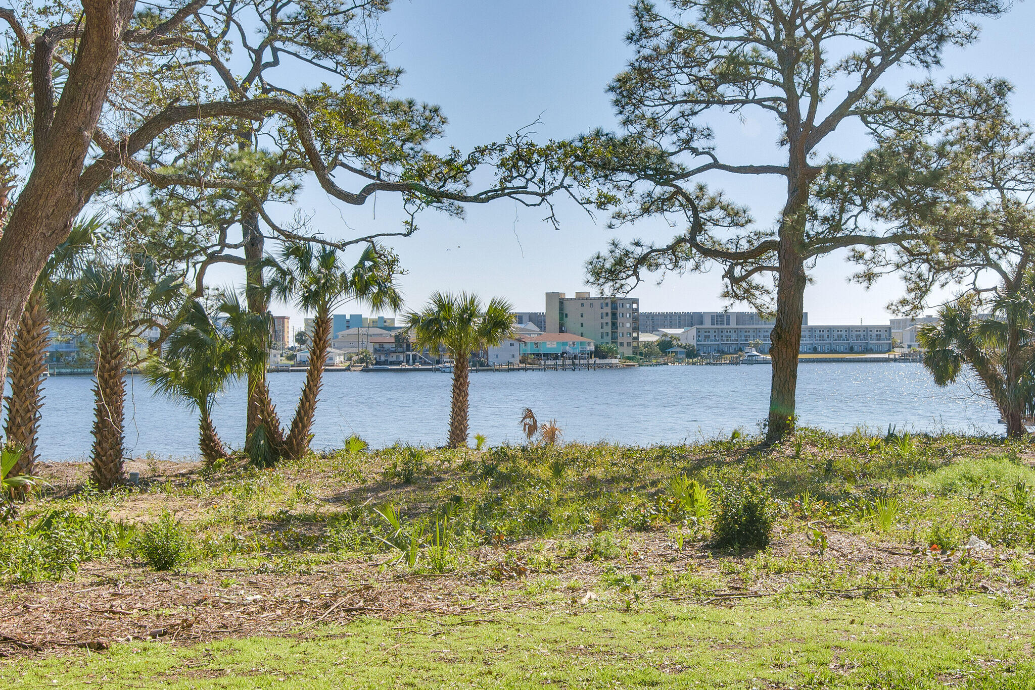 Photo of home for sale at 167 Brooks, Fort Walton Beach FL
