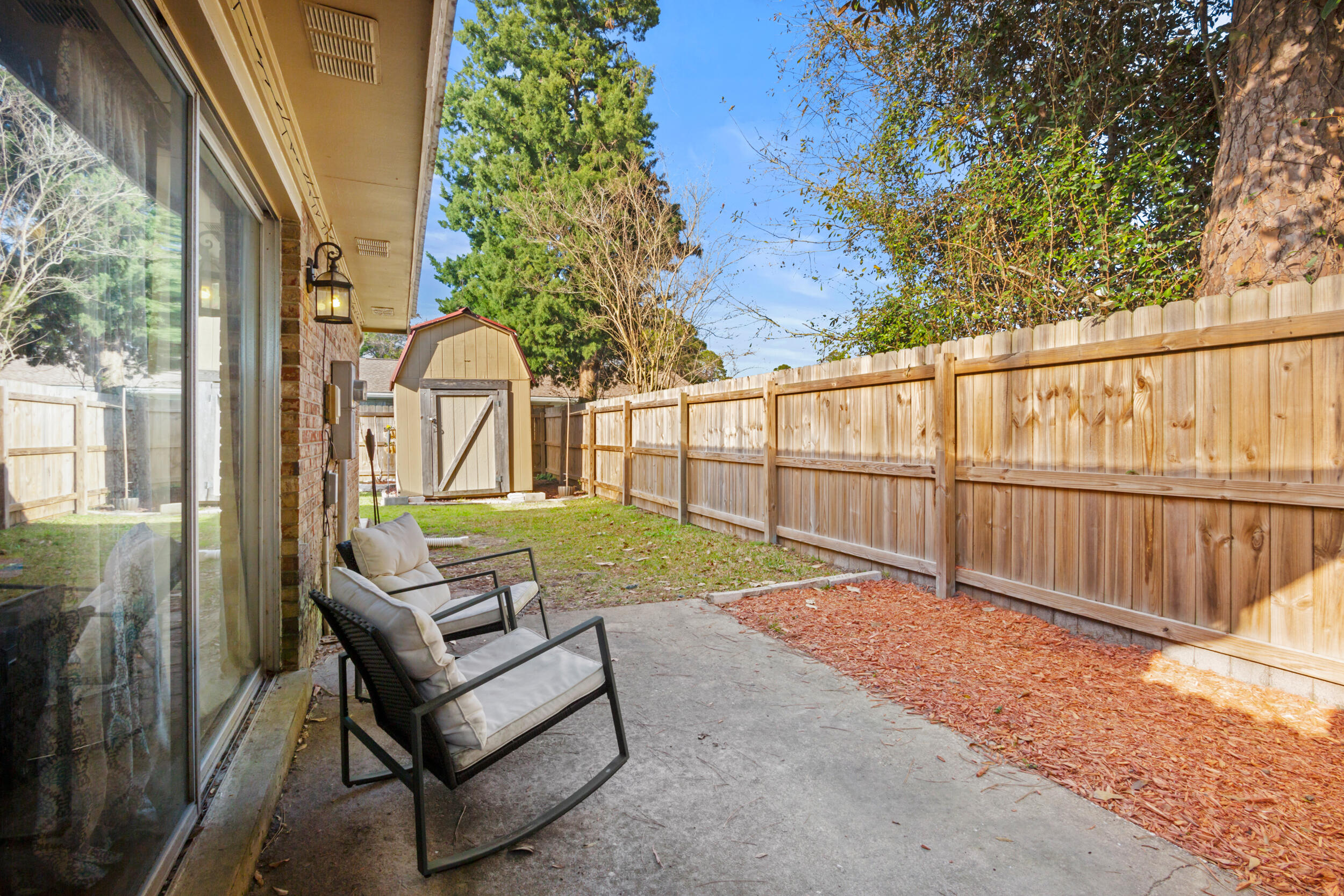 Photo of home for sale at 120 Perdido, Niceville FL