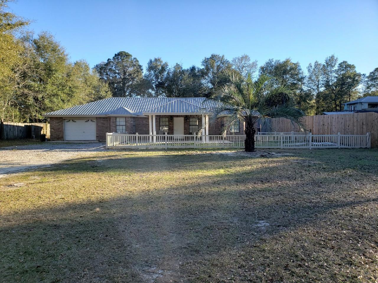 Photo of home for sale at 2682 Fl-20, Freeport FL