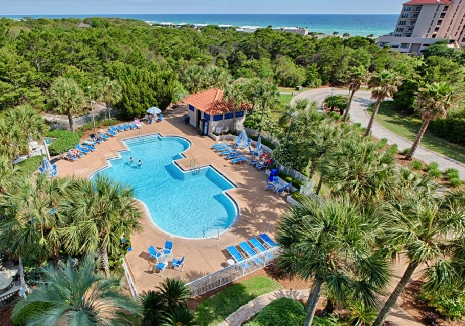 Photo of home for sale at 515 Topsl Beach, Miramar Beach FL
