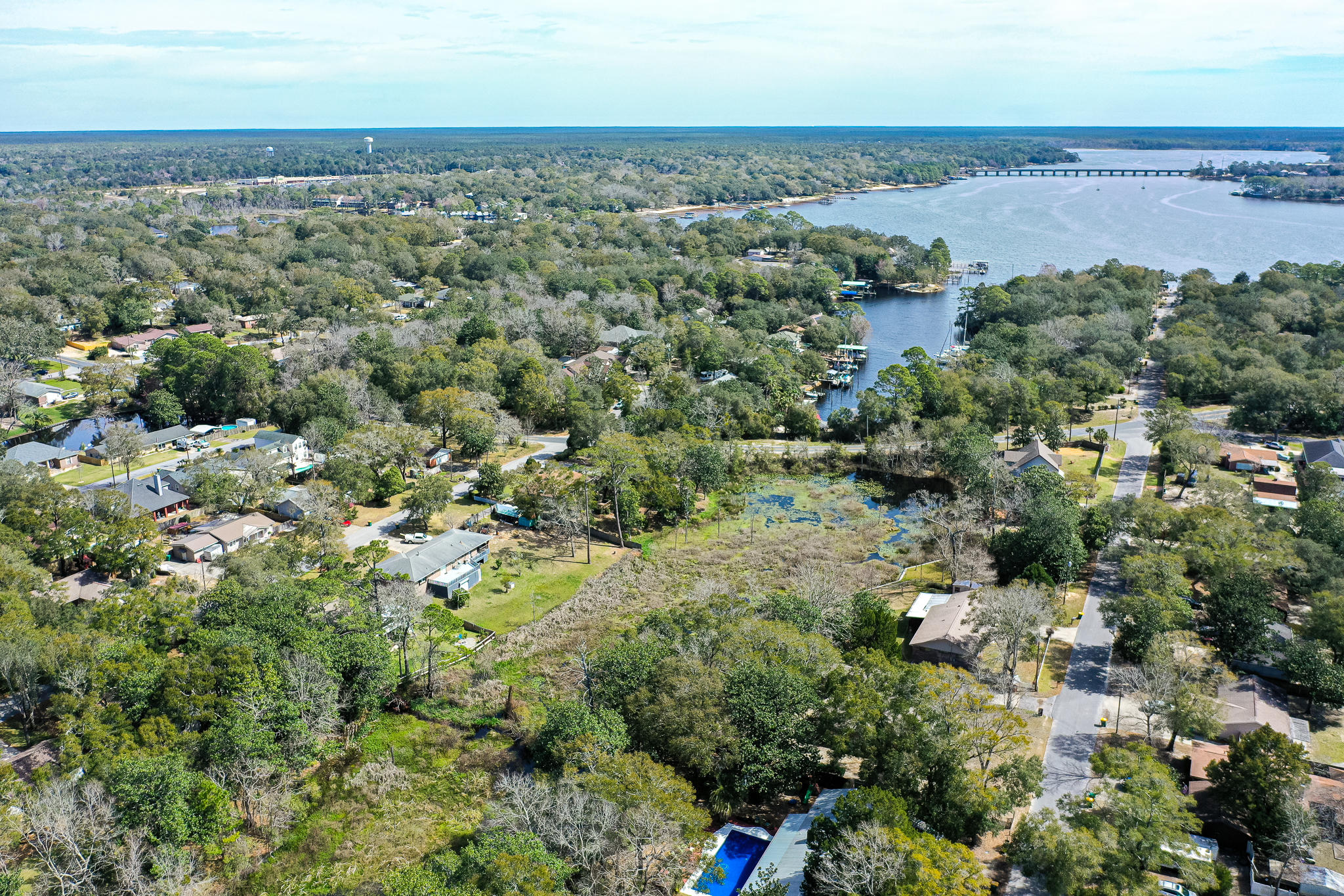 Photo of home for sale at 1674 19th, Niceville FL