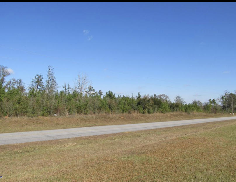 Photo of home for sale at 32 ACRES Blue Pond, Defuniak Springs FL
