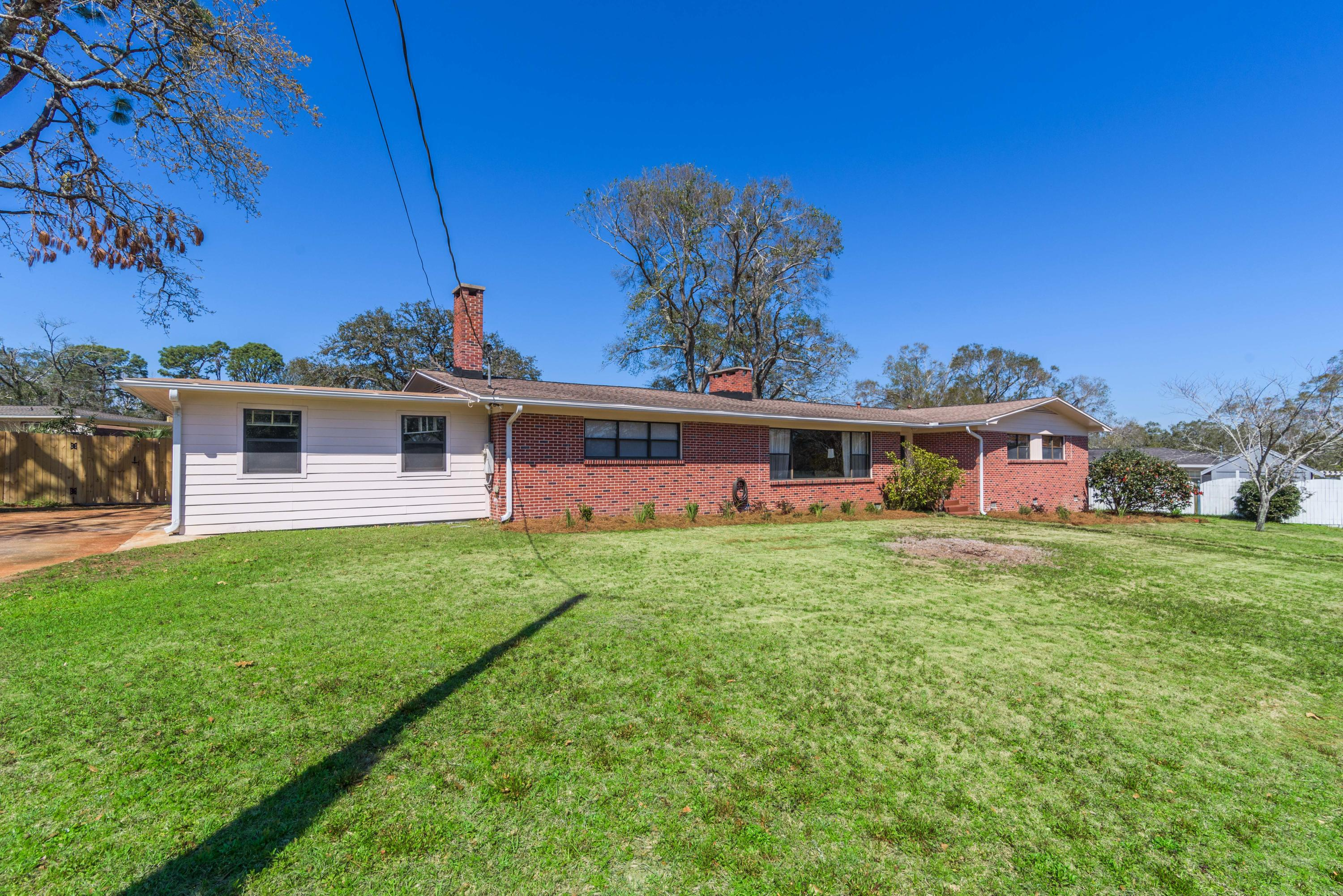 Photo of home for sale at 389 Gamarra, Pensacola FL