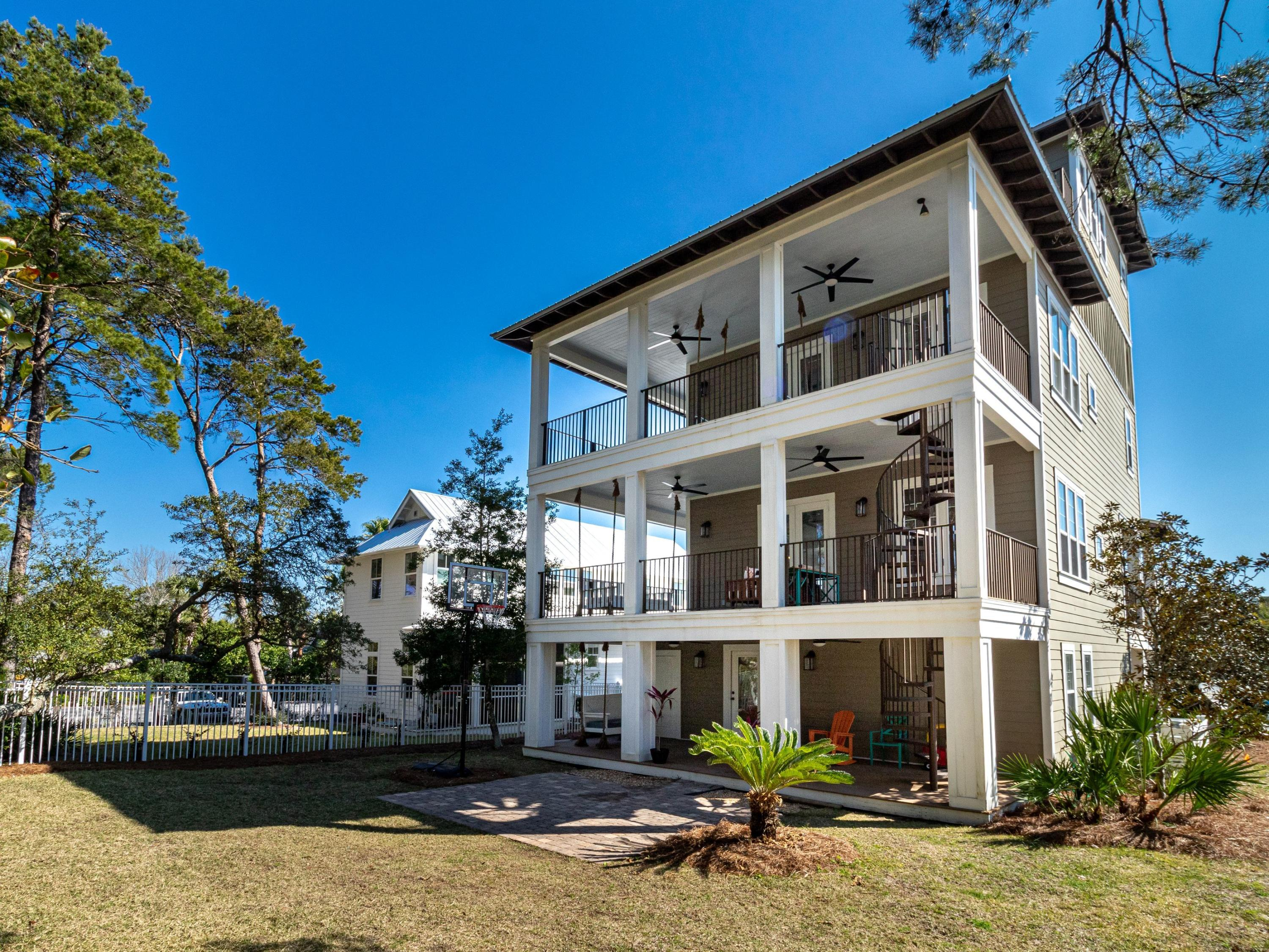 Photo of home for sale at 51 Grande Pointe Dr. N, Inlet Beach FL