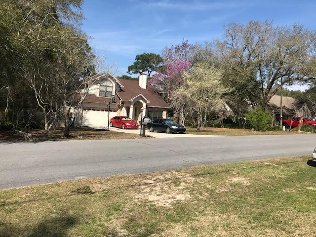 Photo of home for sale at 2788 Keats, Crestview FL