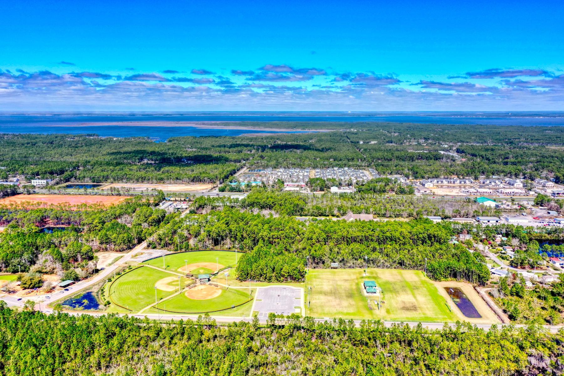 Photo of home for sale at 90 Kara Lake, Santa Rosa Beach FL