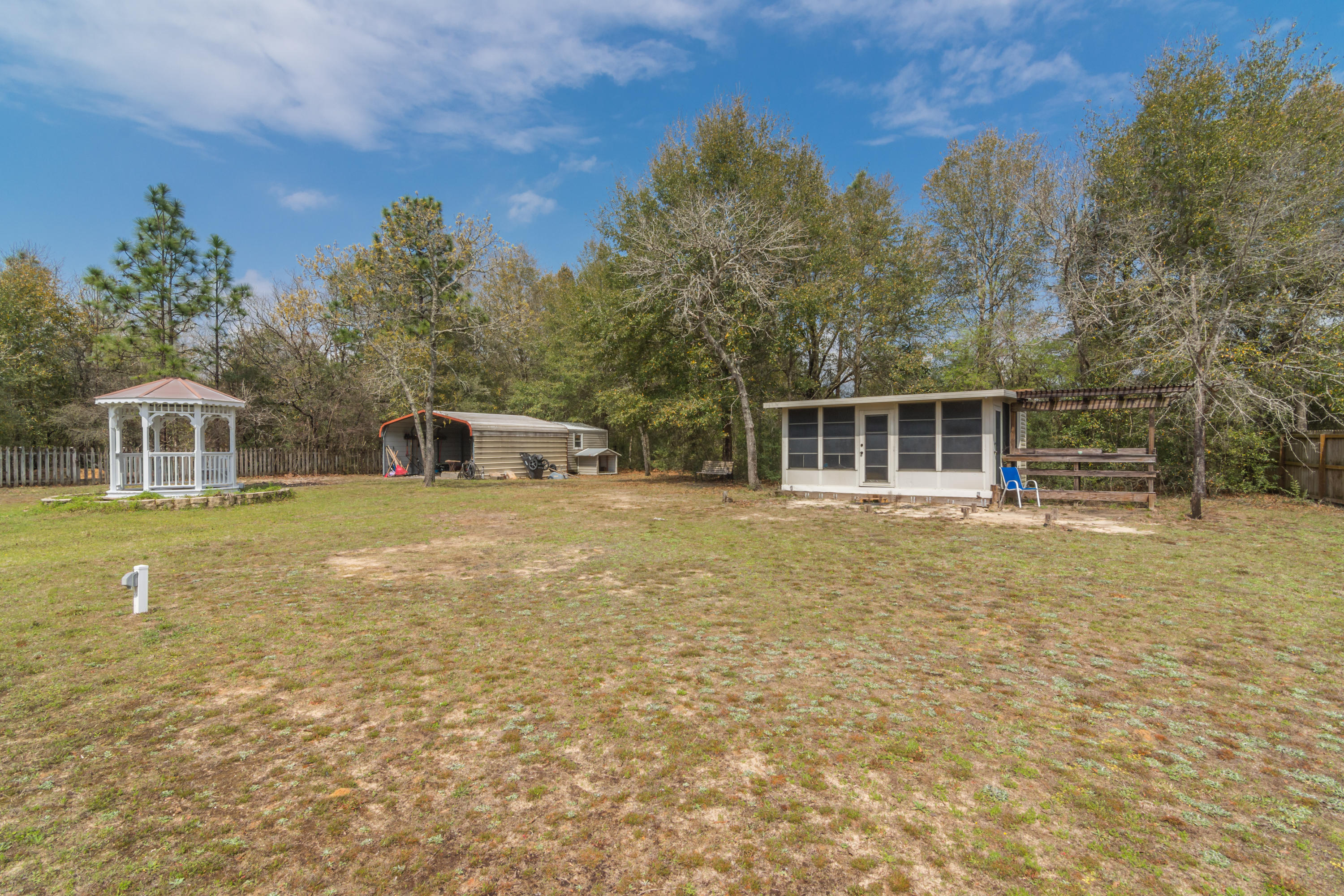 Photo of home for sale at 6349 Havenmist, Crestview FL