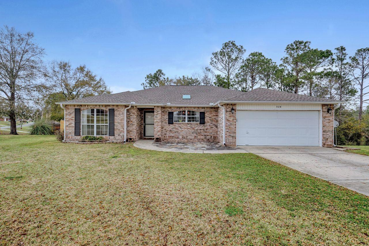 Photo of home for sale at 328 Tislow, Crestview FL