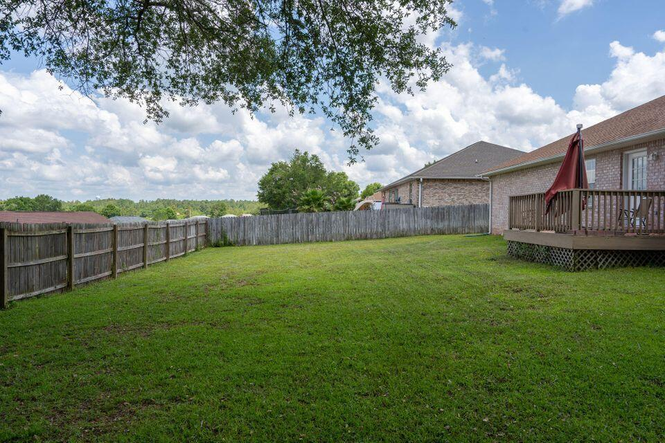 Photo of home for sale at 150 Conquest, Crestview FL