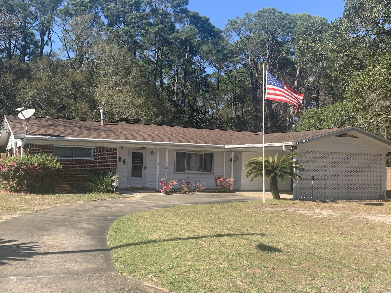 Photo of home for sale at 114 Destin, Fort Walton Beach FL